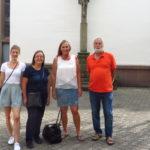 Mit meinen Wahlkreisbüromitarbeiterinnen Laura Paffrath und Ulla Mansdörfer sowie dem Brettener Urgestein Hans-Joachim Reiber unterwegs durch die Altstadt Brettens.