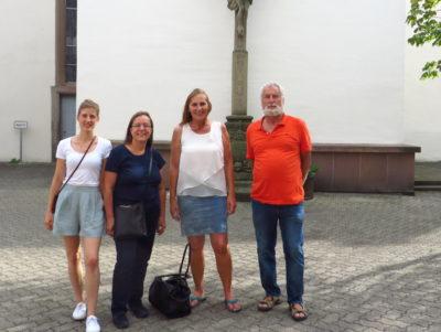 Mit meinen Wahlkresibüromitarbeiterinnen Laura Paffrath und Ulla mansdörfer, sowie dem Brettener Urgestein Hans-Joachim Reiber unterwegs durch die Altstadt Brettens.