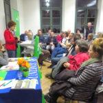 """Zum Thema """"Frühling ohne Vogelgezwitscher - Grüne EU-Politik für mehr Vielfalt in Natur und Landwirtschaft"""" referierte und diskutierte die Europa-Abgeordnete der Grünen, Maria Heubuch, mit den zahlreich erschienenen Gästen im Forum Oberderdingen am 15. März 2018."""